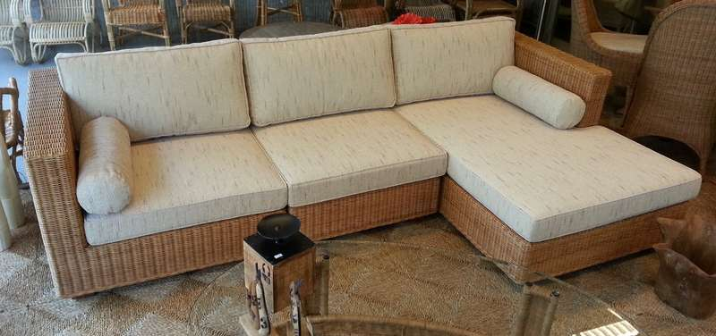 Dima Rotan Lounge Bank